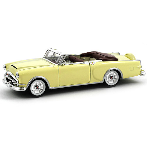 Automobil 1:24, Welly Packard 53 Caribbean krémový